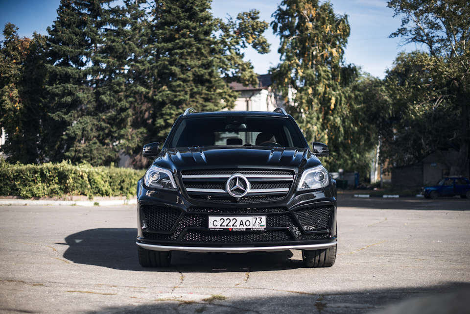 "Video Mercedes-Benz GL by Renegade design ""From Russia With Love"""